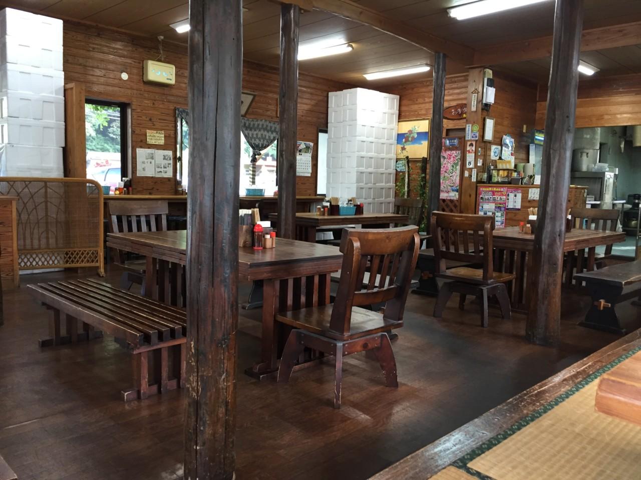 きしもと食堂八重岳店